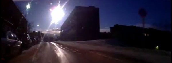 Russian Meteor Over Murmansk – April 2014