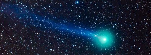 Beautiful Comet Lovejoy Has a Long, Blue Tail of 7 Million Km