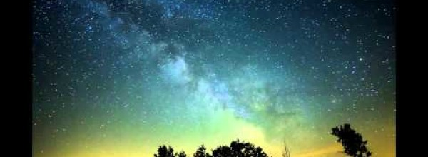 Astonishing Time-Lapse of the Milky Way